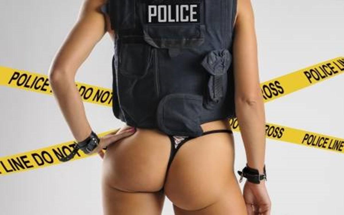 Eine Polizisten braucht auch geilen Sex